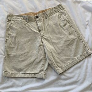 GAP Chino Shorts Khaki Flat Front The Lived In